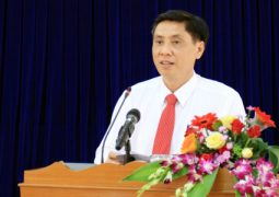 KHANH HOA – PROMOTING ECONOMIC RESTRUCTURING SCHEME IN ASSOCIATION WITH GROWTH MODEL RENEWAL