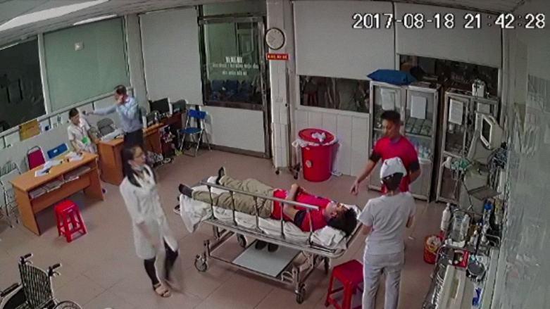 Cần làm rõ vụ việc bác sĩ Bệnh viện 115 Nghệ An bị hành hung