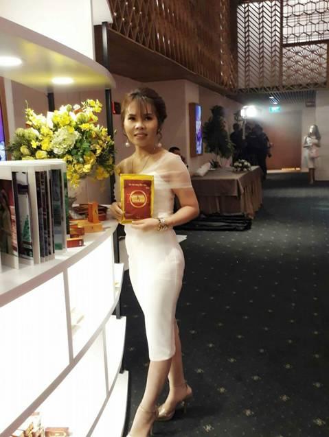 Doanh nhân Vân Nguyễn : Cô gái trẻ bản lĩnh trong ngành kinh doanh online