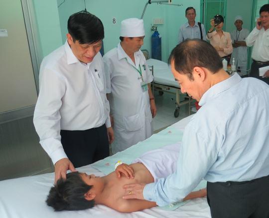 """Bệnh viện Bệnh nhiệt đới tỉnh Khánh Hòa – """"Điểm sáng"""" y đức của khu vực"""