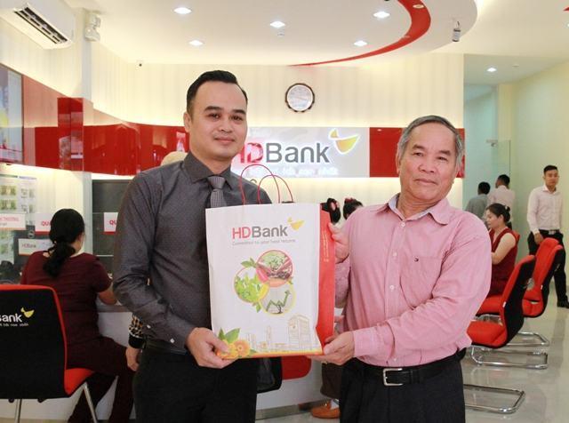 Vay nhanh kinh doanh, tăng nhanh thu nhập cùng HDBank – HDBank khai trương điểm giao dịch thứ 4 tại tỉnh Bình Định