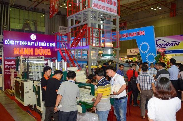 520 đơn vị tham gia triển lãm VietnamPlas 2018