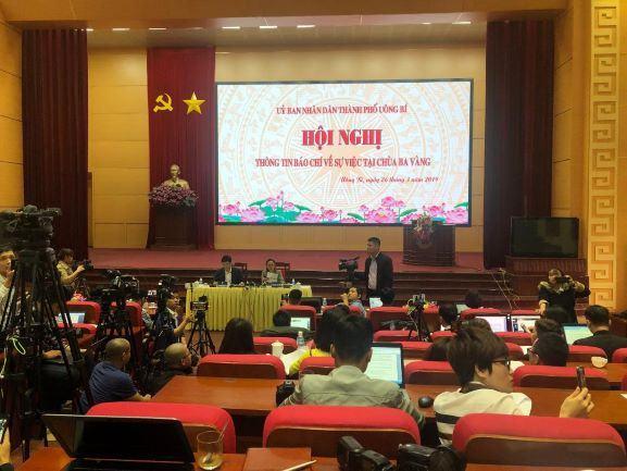 Quảng Ninh: UBND thành phố Uông Bí tổ chức hội nghị thông tin báo chí về sự việc tại chùa Ba Vàng