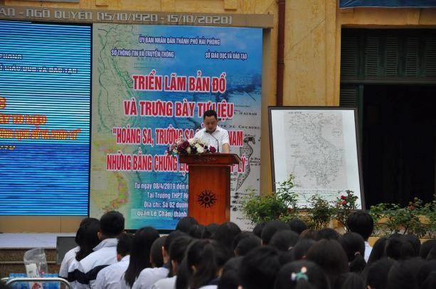 """Hải Phòng: Tổ chức Triển lãm bản đồ và trưng bày tư liệu """"Hoàng Sa, Trường Sa của Việt Nam – Những bằng chứng lịch sử và pháp lý""""."""