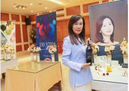 VGreen tung dòng rượu vang và nước trái cây lên men 100% thiên nhiên Vcider phục vụ Tết