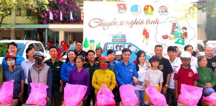 Tỉnh Đoàn Bình Phước: Tổ chức chuỗi hoạt động an sinh xã hội cho người dân vùng biên giới chuẩn bị đón Tết Tân Sửu