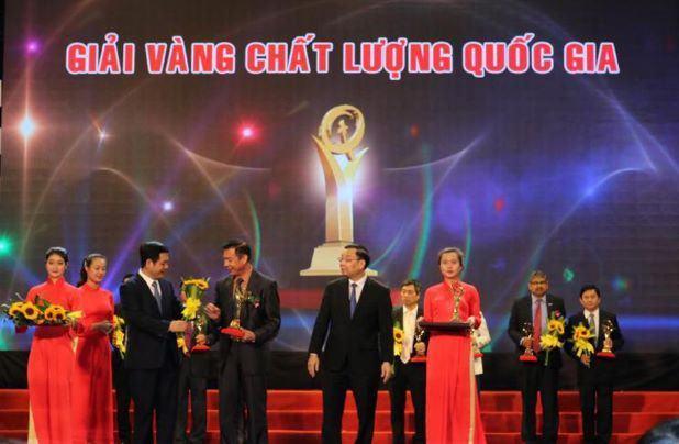 Công ty Gốm Đất Việt xác lập kỷ lục thế giới giữa tâm đại dịch Covid-19